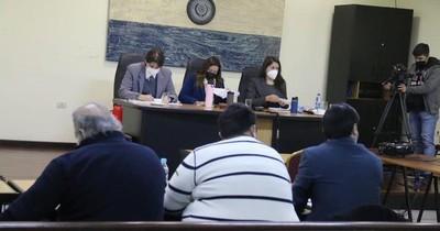 La Nación / Fiscales piden 10 años de cárcel para González Daher y su hijo