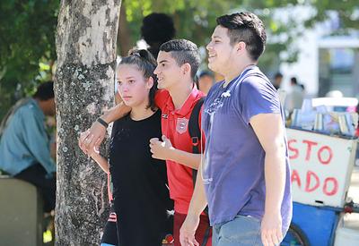 Motivan a los jóvenes para ganar mayor protagonismo en espacios democráticos