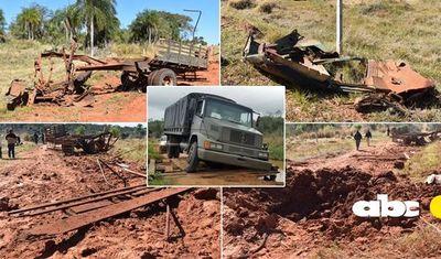 Impactantes imágenes del camión en que viajaban los militares asesinados