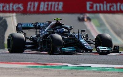 Mercedes cierra la jornada con un 1-2 en las libres de Hungría