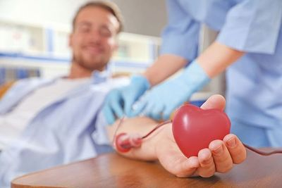 Especialistas del ministerio de Salud confirman que luego de la vacuna contra el covid se puede donar sangre
