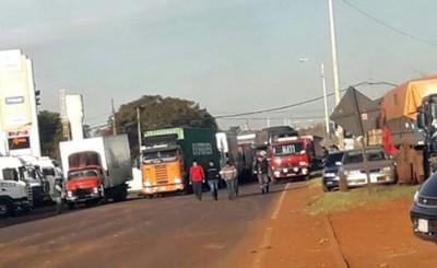 """Camioneros prevén """"sitiar"""" a Asunción si no hay acuerdo"""