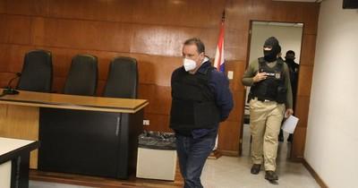 La Nación / Jueza decretó prisión para padre e hijo imputados por megacarga de cocaína