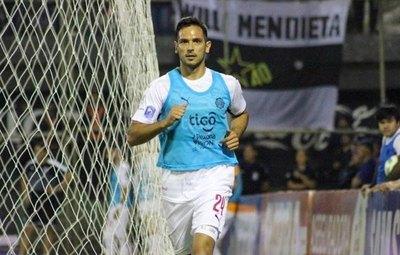 El recuerdo de Roque por su vuelta al fútbol paraguayo