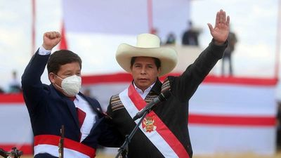 Lluvia de críticas para el Ejecutivo de Pedro Castillo