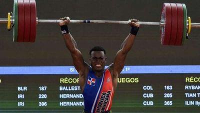 Zacarías Bonnat gana plata en halterofilia 81 kg y consigue la primera medalla para República Dominicana