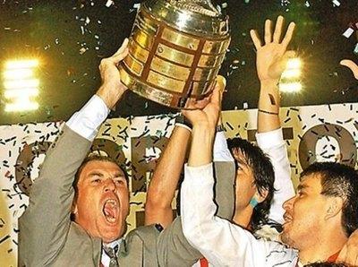 ¡Se cumplen 19 años de la tercera final conquistada por el Decano en la Libertadores!