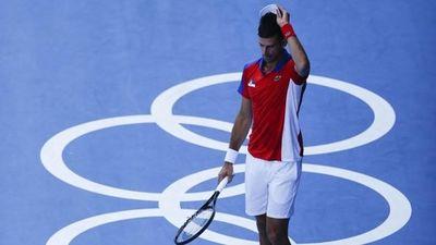 La furiosa reacción de Novak Djokovic tras perder la medalla de bronce en singles