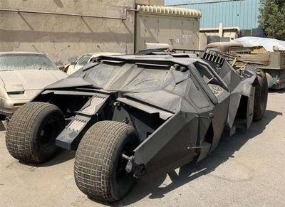 Abandonado en Dubái: triste final para el coche de Batman