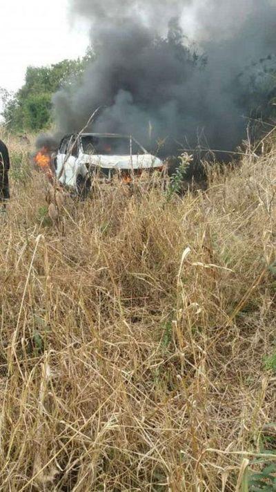 Reportan asalto y quema de vehículo en establecimiento ganadero en Santaní