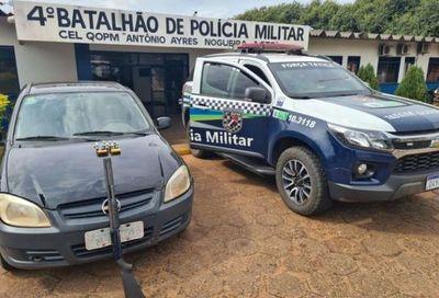 PM arresta a hombre con vehículo adulterado y escopeta calibre 12 en Ponta Porá