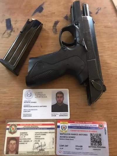 Abogado intentó ingresar con arma de fuego y municiones al lugar de reclusión