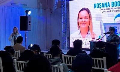 Rosana Bogado compara con kupi'i a políticos que corroen la ciudad