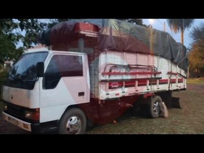 LA PAZ: APREHENDEN A TRES HOMBRES E INCAUTAN CAMIÓN CON CARGA DE CARBÓN VEGETAL
