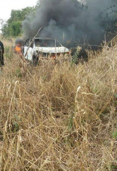 Santaní: Asaltan a menonita y queman su vehículo