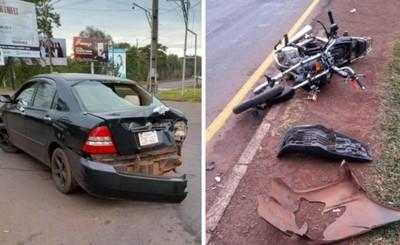 Motociclista sufre lesiones tras violento choque