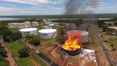 PETROPAR recibió más de G. 14.000 millones de póliza tras incendio en su planta