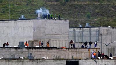 Enfrentamiento en cárcel de Ecuador deja un muerto y 5 heridos
