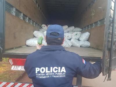 Decomisan 5.800 kilos de locote contrabandeado