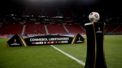Flamengo recibirá a Olimpia en el Mané Garrincha