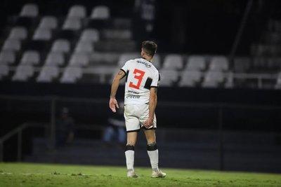 Alejandro Silva quedaría fuera de los cuartos de Libertadores ante Flamengo