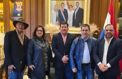 Logran la unidad del Partido Colorado en Repatriación