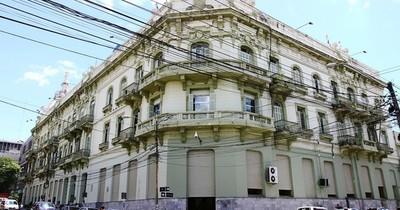 La Nación / Hacienda aboga por reformas tras perspectivas económicas estables