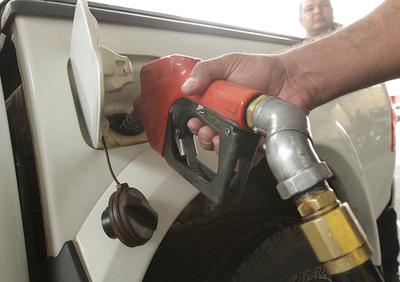 Combustibles y autopartes con mayor incidencia positiva en recaudación aduanera de julio