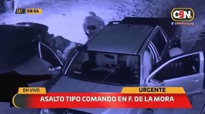 """Pareja sufre """"asalto tipo comando"""" en Fernando de la Mora"""