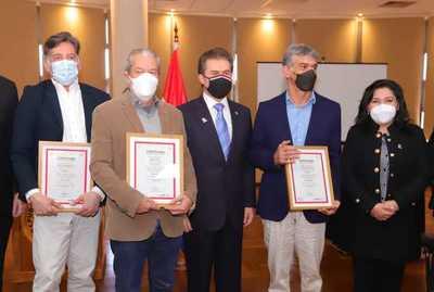 Artistas fueron reconocidos como embajadores de Marca País y estarán en la Expo 2020 Dubái