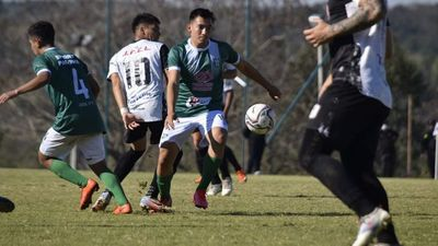 Tacuary pudo recién en los penales con un guapo Sport Pacobá