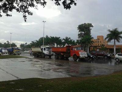 """J. Eulogio Estigarribia: Concejal camionero dice que """"atentaron contra su vida"""""""