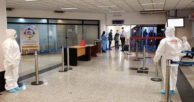 La Nación / Multarán a 100 viajeros por no cumplir con protocolo sanitario
