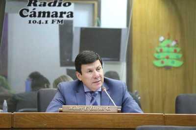En Diputados repudian actitud de senador luguista