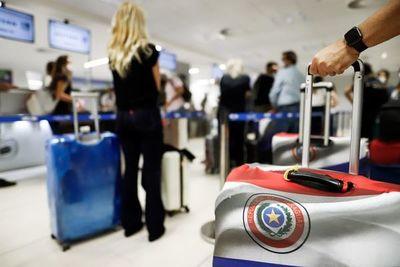 Cuarentena obligatoria: registran caída de pasajeros y aerolíneas cancelan frecuencias