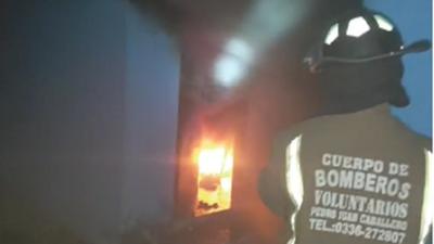 Hombre quemó la vivienda de su pareja en Pedro Juan Caballero