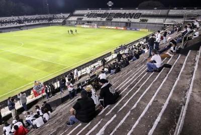 No habrá público en estadios hasta que Salud habilite, aclara la APF