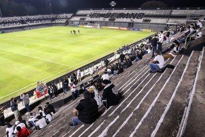 """En """"Para Uno"""", 2 mil personas para Olimpia-Flamengo, pero piden porcentaje mayor de público"""
