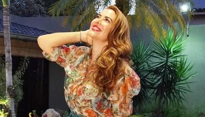 "Marly Figueredo se recibió de ""Social Media Management"""