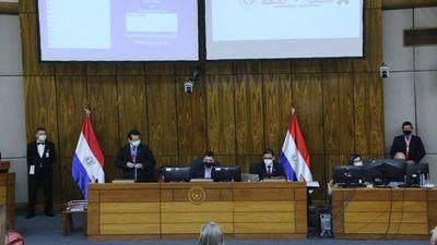 Diputados excluyen a tabacaleras y clubes deportivos de controles de la Seprelad