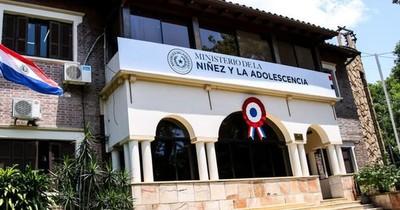 La Nación / Habilitan centro de formación a servidores para mejorar la atención a los NNA