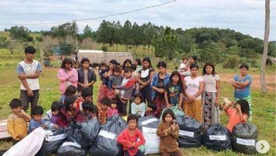 Realizan colecta para comunidades indígenas