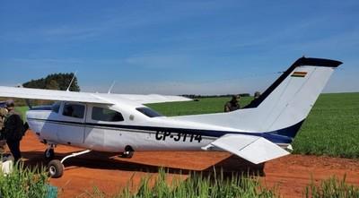 Incautan avioneta con importante carga de drogas en Alto Paraná