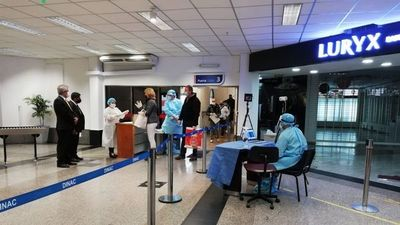 Por incumplir protocolo, más de  100 viajeros  pagarán altas  multas