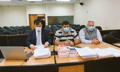 Defensa presenta alegatos finales en juicio de Óscar González Daher e hijo
