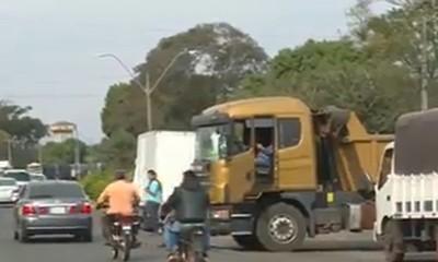 Ley del Flete: Sigue la protesta de camioneros