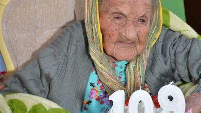 Abuela bailarina de Capiibary cumplió 109 años