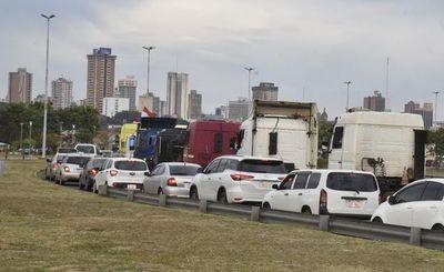 Piden accionar penalmente contra camioneros por cerrar tránsito