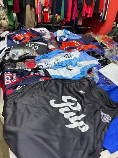 Decomisan más mil prendas falsificadas en CDE
