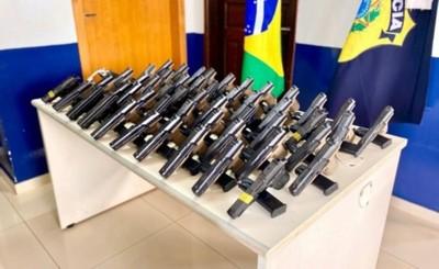 Decomisan 51 pistolas traficadas desde Ciudad del Este